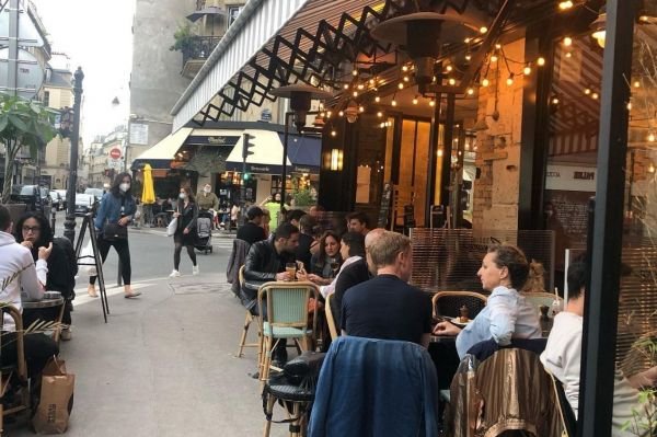 Photo for: Grab a drink in Paris' 3rd arrondissement